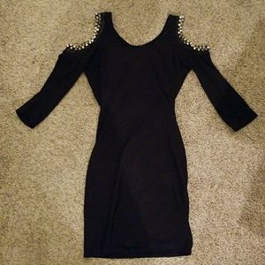 💋Sexy💋Spiked cold shoulder black mini dress
